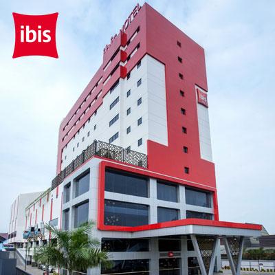 ibis Pontianak City Center   Save up to 20% •  Rp 380,000